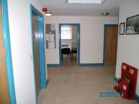 45bbf2d4e11756adf4ea5e0382f0db4a-entrance_facing_i.t._room.jpg